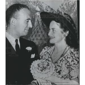 1946 Press Photo Olivia De Haviland marries screenwriter, Marcus Goodrich.
