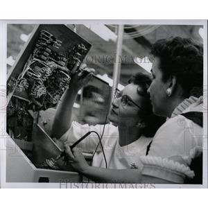 1959 Press Photo Lorena Foster Jerry David Electric Eng - RRW87511