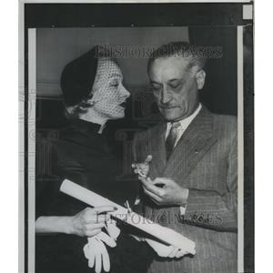 1951 Press Photo Actress Marlene Dietrich & French Ambassador Henri Bonnet