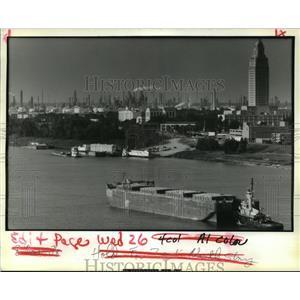 1988 Press Photo View of Baton Rogue's Industrial Corridor - noa29096