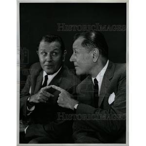 1962 Press Photo Warren Hull Actor Radio Announcer - RRW26033