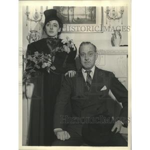 Press Photo Actress Elaine Barrie with Actor John Barrymore - nox06062
