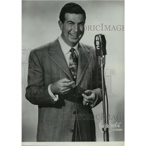 1953 Press Photo Famed toastmaster Don McNeill, in ABC Breakfast Club.
