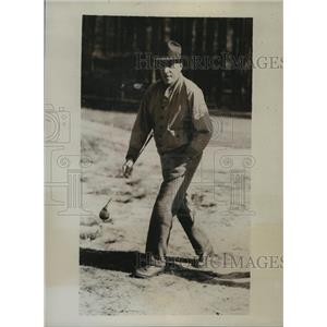 1934 Press Photo Parker Whittemore Takes Part in 14th Annual Golf Championship