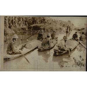1974PressPhoto Vietnam Troops confiscate a rich harves - RRX79291