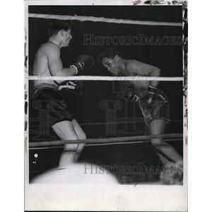 1938 Press Photo Boxing Action with Henry Armstrong & Al Manfredo - cvs04530