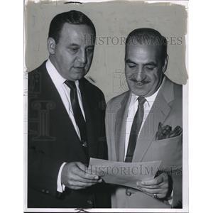 1954 Press Photo John S Nagy & Mayor Anthony Geldbreeze - cvp74854