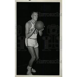 1955 Press Photo Gordie Johnson Basketball Player - RRW80373