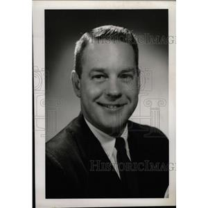 1967 Press Photo William Putnam Philadelphia Flyers - RRW74195