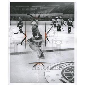 1962 Press Photo David Hudson (8) at Hockey School - RRW36051