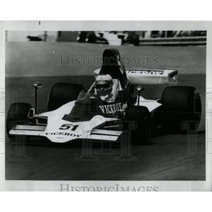 1975 Press Photo Andretti & Unser Racing For F-5000 - RRW62693