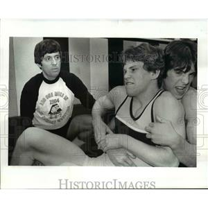 1983 Press Photo Howard Ferguson wrestling coach St. Edwards. - cvb65520