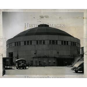 1946 Press Photo Cyclotron Magnet University California - RRW92117