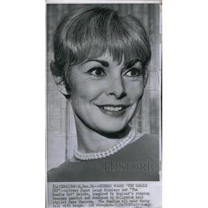 1963 Press Photo Actress Janet Leigh - RRX47595