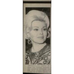 1975 Press Photo Zsa Zsa Gabor actress film television - RRX41447