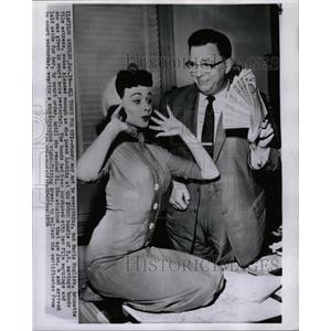 1956 Press Photo Marla English film actress pose looks - RRW17293