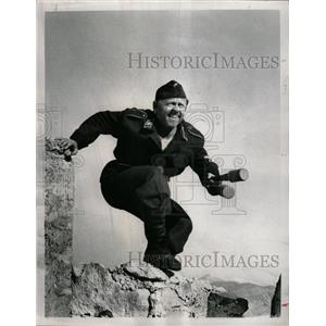 1968 Press Photo Mickey Rooney The Secret Invasion CBS - RRX69551