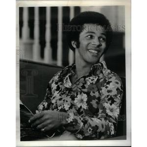 1975 Press Photo Davis Clifton Actor - RRX34391