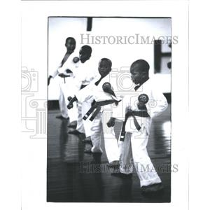 1993 Press Photo Marvis Cofield Karate Tony Money Mike