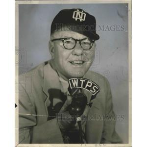 Press Photo Ted Andrews, baseball announcer on WTPS Radio. - nop03588