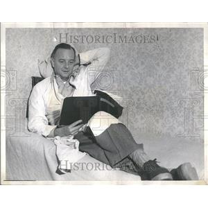 1950 Press Photo Maurice Herbert Evans English Dr Zaius - RRV82963