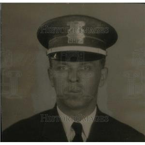 1934 Press Photo Detroit Patrolman Officer Frank Ponke - RRX41235