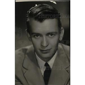 1946 Press Photo Bobby Sherwood actor - RRW76499