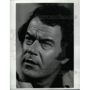 1974 Press Photo Laurence Luckinbill American Actor - RRX56743