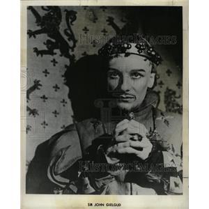 1958 Press Photo Sir John Gielgud Theater Actor - RRW27433