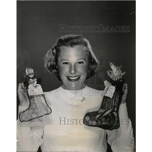 1951 Press Photo Too Young to Kiss Actress June Allyson - RRW09173
