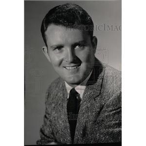 1959 Press Photo Actor Johnathan Swift - RRW72089