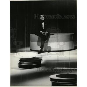 1964 Press Photo Tony Bennett Judy Garland Show Actor - RRW21537