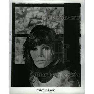 1974 Press Photo Judy Carne English Artist Rowan Martin - RRX57391