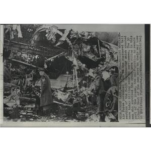 1952 Press Photo Wreckage of Air Force C-124 Globemaster - spb09240