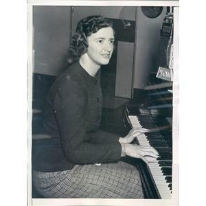 1938 Press Photo Philadelphia PA Singer Eleanor Piper - ner30233