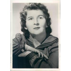 1945 Press Photo Actress & Author Ruth Hunter - ner30685
