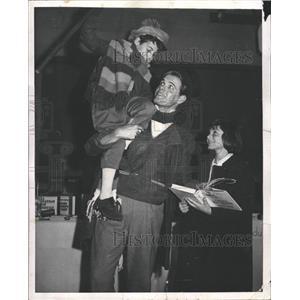 1961 Press Photo Childrens Theater Christmas Carol Cast - RRW45111