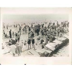 1929 Press Photo Palm Beach FL Society at Breakers Beach for Winter - ner38829
