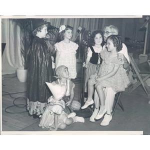 1937 Press Photo Los Angeles CA Uncle John Daggett Radio Announcer - ner41839