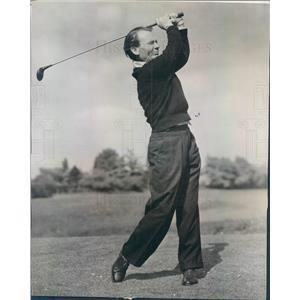 1947 Press Photo British Actor & Golfer John Mills in Scotland - ner5745