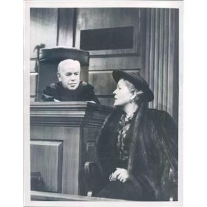 1958 Press Photo Scene from TV Show The Verdict Is Yours on CBS - ner58009