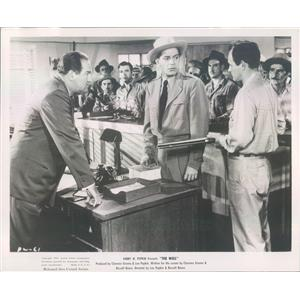 1951 Press Photo Actor Richard Rober in Film The Well - rkf17567
