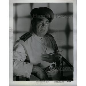 1954 Press Photo Prisoners of War Actor Oscar Homolka - RRX56793