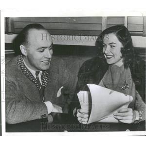 1943 Press Photo Actress Ella Raines - RRY19799