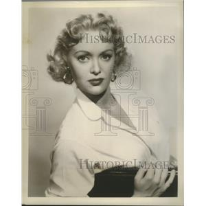 1956 Press Photo Marion Brash stars in Crunch and Des, on NBC. - nop09286