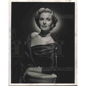 1948 Press Photo Anita Colby, actress and fashion model. - nop14693