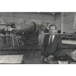1985 Press Photo Timothy E. Hoeksema, President of KC Aviation in Appleton