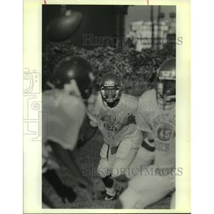 1989 Press Photo Johnny Dixon, at West Jefferson Football Practice - noa90124