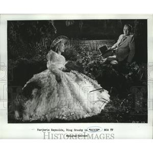 1981 Press Photo Bing Crosby and Marjorie Reynolds star in Dixie, a 1943 film.