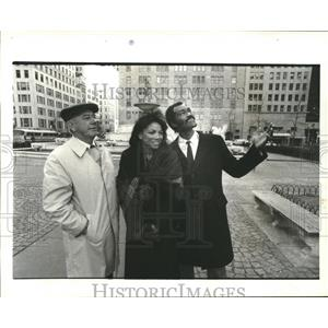 1984 Press Photo Mets star George Foster with wife Sheila and George Bamberger